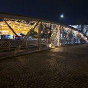 Ajfelov most u Sarajevi i zgrada Kantona Sarajevo profesionalni manuel mod
